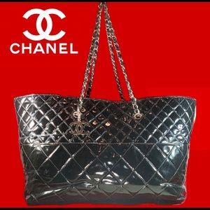 ♥️XL TOTE♥️ CHANEL Patent Leather Matrasse Chain